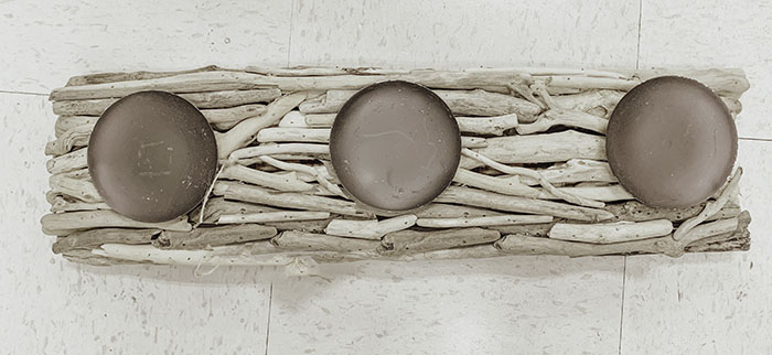 how to make a driftwood table centerpiece