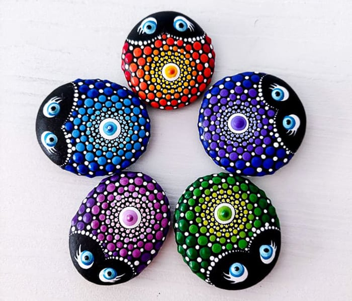 painted rocks dots