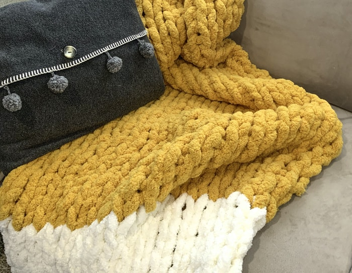 chunky blanket craft kit for adults