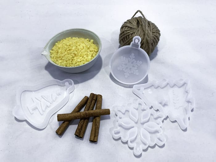 how to make beeswax ornaments